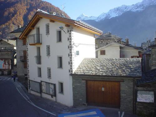https://metasearch.in-lombardia.it/mss/mss_renderimg.php?id=40641&src=c90f806d2cb3ad7347959f1ca28c2a43.jpg