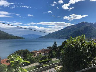 C.A.V. HOLIDAY LAKE COMO DI MORETTA CARLO
