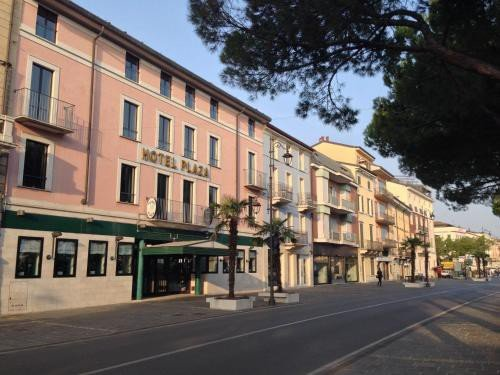 https://metasearch.in-lombardia.it/mss/mss_renderimg.php?id=43836&src=748abeec5bc6bf20ffc7883d0f936a35.jpg