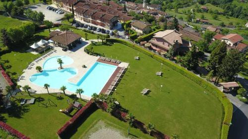https://metasearch.in-lombardia.it/mss/mss_renderimg.php?id=44080&src=63d8a08bf7147677c960aef955e648e1.jpg