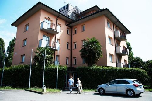 https://metasearch.in-lombardia.it/mss/mss_renderimg.php?id=44786&src=95978aefa92f5c7df15b51c5030a5847.jpg