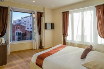AIELLO ROOMS SAN BABILA