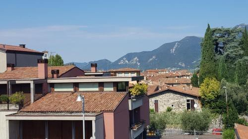 https://metasearch.in-lombardia.it/mss/mss_renderimg.php?id=44856&src=2189366e1d3ade4aa6f4396ae41e14fd.jpg