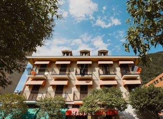 HOTEL MEUBLE' MODERNO