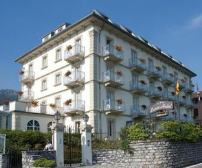 LARIO HOTEL