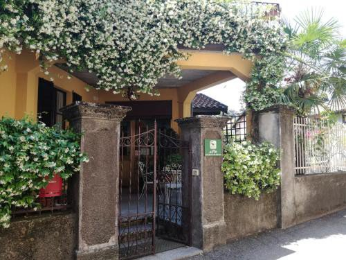 https://metasearch.in-lombardia.it/mss/mss_renderimg.php?id=48215&src=5016d83831f282a7d3f04572ed6e336e.jpg