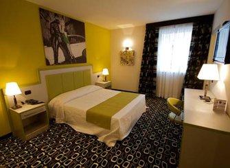 LA DOLCE VITA HOTEL-MOTEL