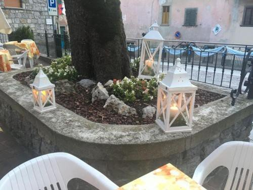 https://metasearch.in-lombardia.it/mss/mss_renderimg.php?id=48258&src=fe0539cc22676784f121dbbe4285ce30.jpg