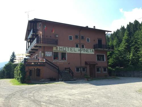 https://metasearch.in-lombardia.it/mss/mss_renderimg.php?id=48661&src=f42c9193cca3fb9a3b0d9eb51d58ef76.jpg