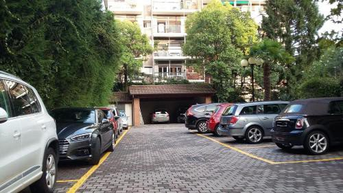 https://metasearch.in-lombardia.it/mss/mss_renderimg.php?id=48756&src=cb022768cf2ce10a11a6112f15883b94.jpg