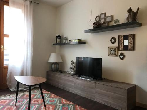 https://metasearch.in-lombardia.it/mss/mss_renderimg.php?id=49744&src=e1aaa0ee147a198b6525b5e8a58dab59.jpg