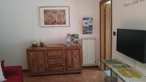 https://metasearch.in-lombardia.it/mss/mss_renderimg.php?id=51347&src=a64661ae067d44a4047416384f5b3bc5.jpg