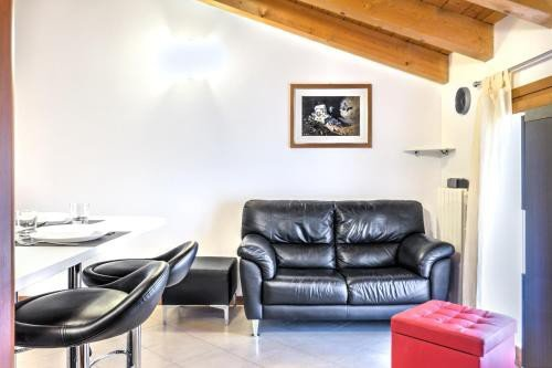 https://metasearch.in-lombardia.it/mss/mss_renderimg.php?id=56350&src=6534094a9740e887d2eaa38195851a38.jpg