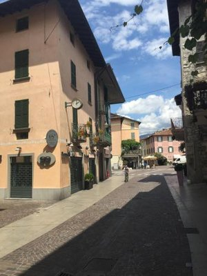 https://metasearch.in-lombardia.it/mss/mss_renderimg.php?id=56850&src=3a9aae24e513cabcffd23e412cd85f10.jpg