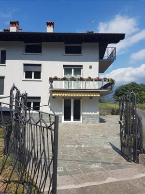 https://metasearch.in-lombardia.it/mss/mss_renderimg.php?id=58357&src=0452b490a9735fc94a6af7e43fd3fe32.jpg