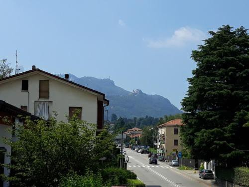 https://metasearch.in-lombardia.it/mss/mss_renderimg.php?id=58455&src=b4fb2944c6590d49d978f9ce3f26a3d8.jpg