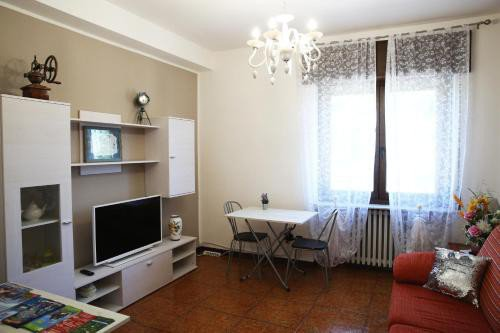 https://metasearch.in-lombardia.it/mss/mss_renderimg.php?id=63349&src=c90af576a488aacef982957b7bdabf43.jpg
